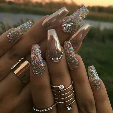 Bling bling nails #rhinestones