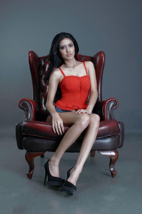 Marissa Jasmine - Panduan Gaya Hidup Pria Intelektual | Esquire.co.id
