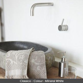 Classico Chalk Paint wall in the colour - Mineral White #mineralwhite #pureandoriginal #naturalpaint #natural #paint #chalkpaint #classico #interiordesign #interiorpaint #interiordesign #interiorinspiration #decorating #painting #vocfree #nontoxic