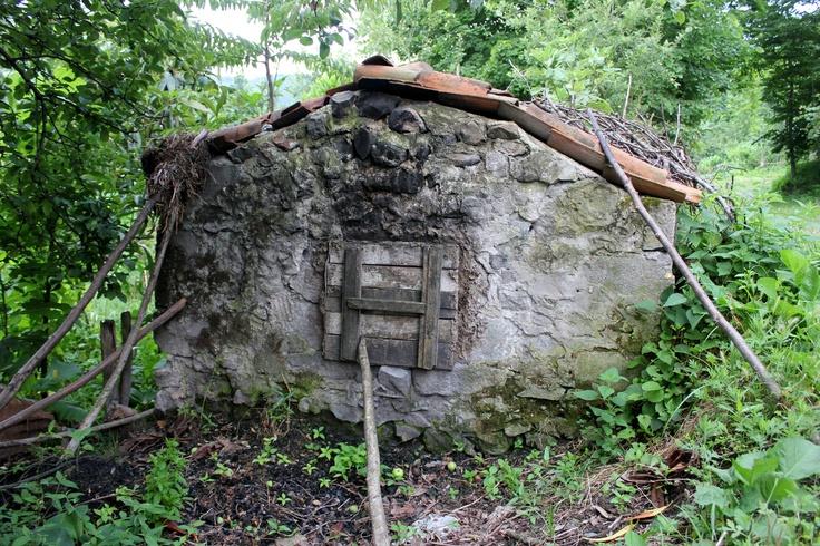 Köyümüzdeki taş fırın hala kullanılmakta