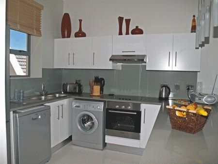 Self Catering Accommodation, Muizenberg, Cape Town  Fully equipped kitchen