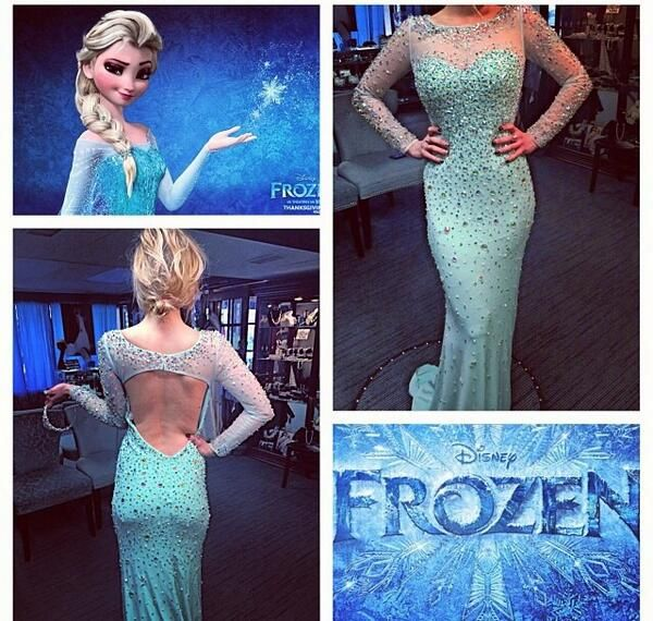 Beautiful Elsa-inspired prom dress. Too bad I'm in college and probably won't ever go to prom again.