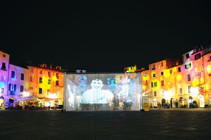 """E' #Natale"" Exhibit in Piazza #Anfiteatro, #Lucca 2013 Concept: Domenico Raimondi - @thesignLab https://www.facebook.com/thesignlab"