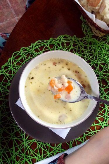 Ciorba de fasole cu morcovi Delicious Times