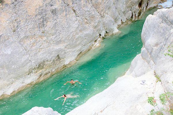 Les 25 meilleures id es concernant lac blanc sur pinterest for Camping chamonix piscine