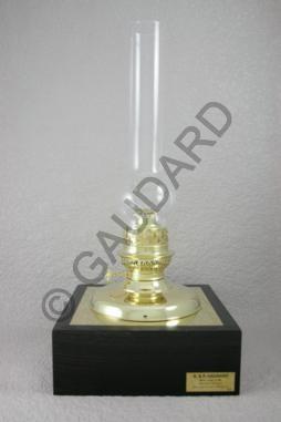 185 best Oil Lamps images on Pinterest | Night lamps, Vintage ...
