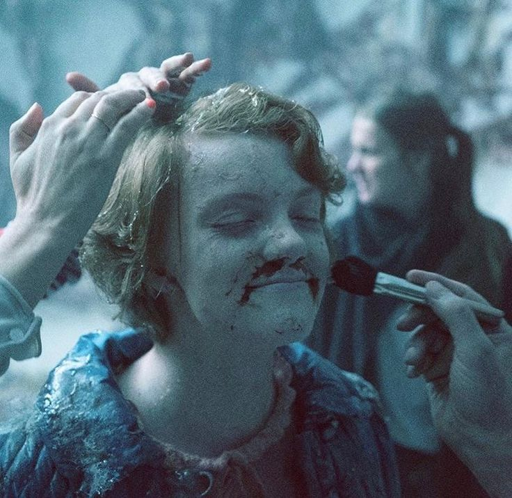 Stranger Things Behind the Scenes - Shannon Purser as Barb