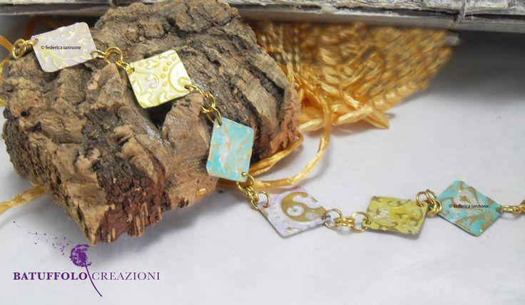 Bracciale in ottone rombi color pastello di Batuffolo Creazioni - Gioielli unici e particolari  su DaWanda.com
