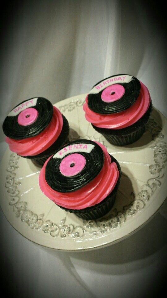 Vinyl Record Cupcakes For A Beyonc 233 Fan Beyonce Fans