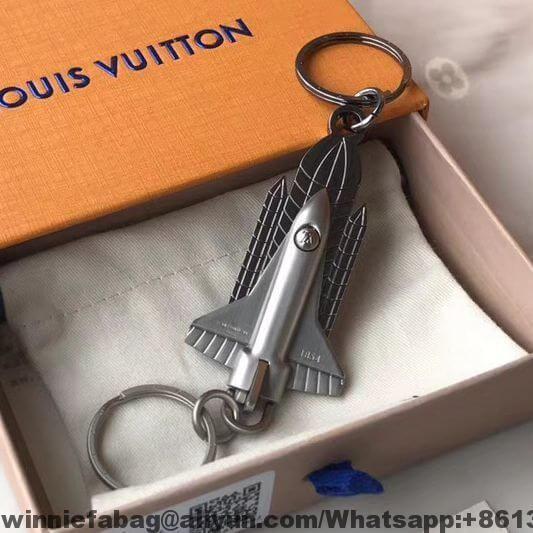 31ca9319ba91 Louis Vuitton Valet Rocket Bag Charm   Key Holder MP2216 2019 ...