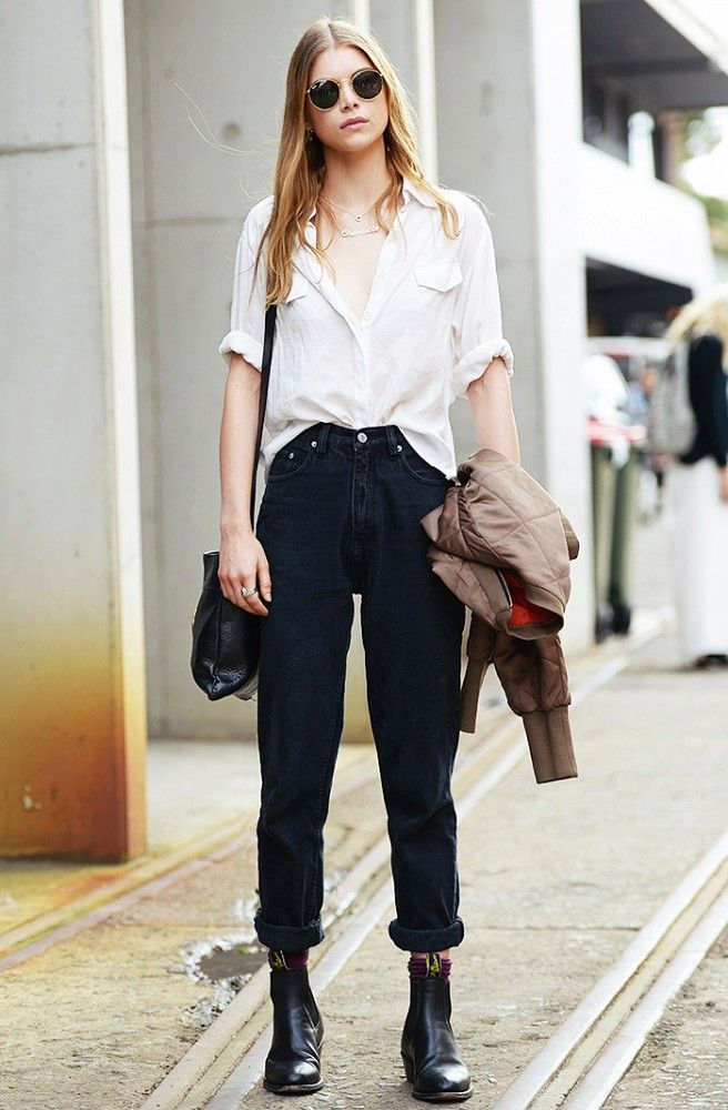White button-down shirt, high-rise jeans, and black boots // AFW