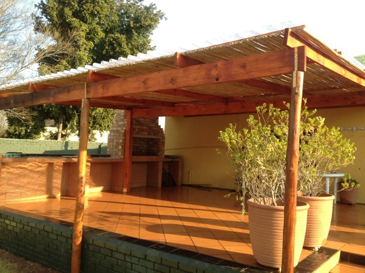 Natural bamboo fitted to beams with a light mahogany varnish.