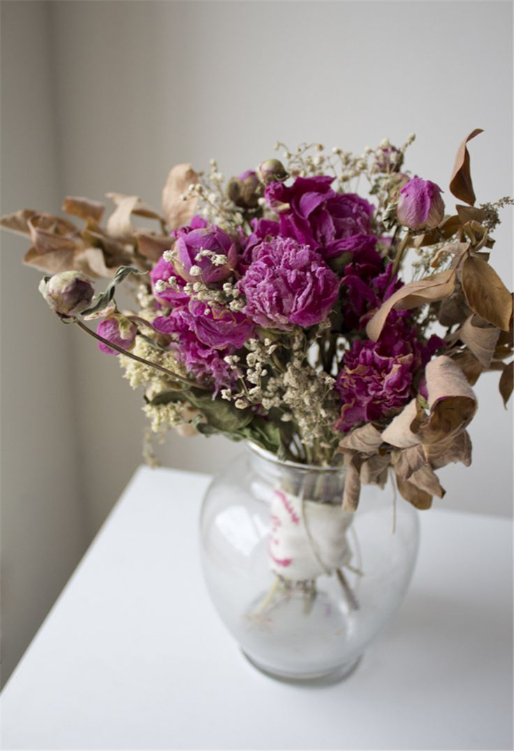 How to Preserve Wedding Bouquet - EverAfterGuide