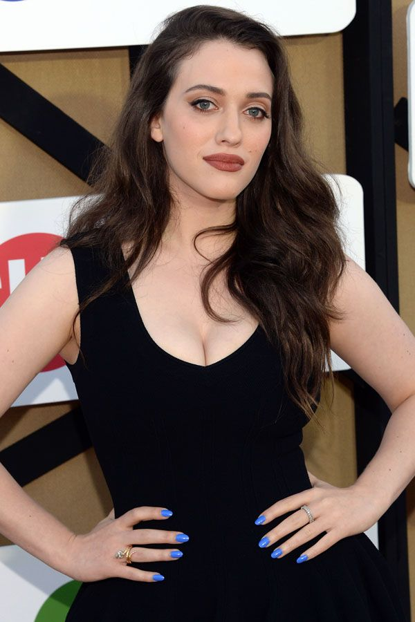 Brown makeup... with blue nails? http://beautyeditor.ca/2013/07/30/are-the-90s-back-because-kat-dennings-is-wearing-brown-lipstick-do-you-like-it/