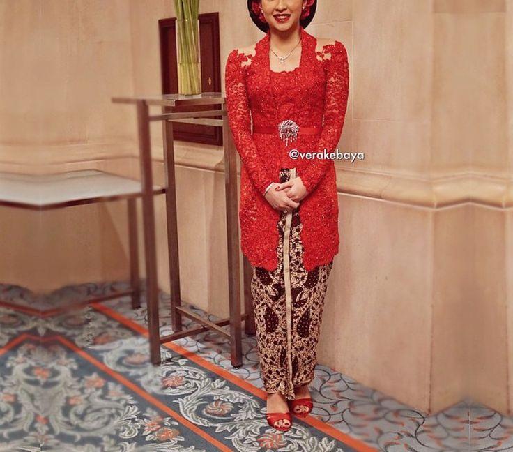 Vera kebaya, merah, semi kutu baru, obi kecil, brokat, beads