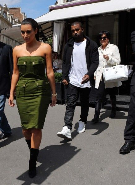 Kris Jenner And Kanye West Fighting Over Kim Kardashian's Baby Weight?
