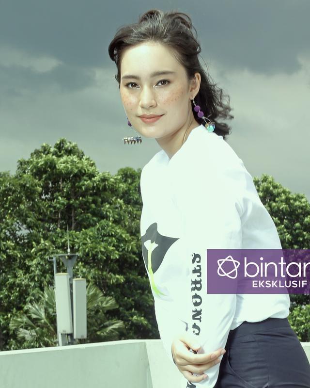Tatjana Saphira Kesulitan Main Film Komedi, Stip dan Pensil - http://wp.me/p70qx9-8wz
