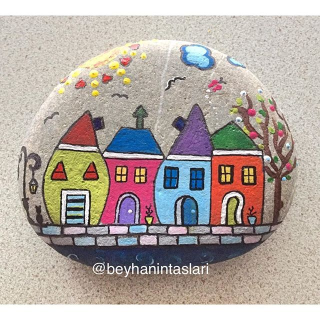#renk #art #design #tasarım #casa #sokak #taşboyama #stonepainting #paintedstones #rockpainting #sassi #sassidipinti #rock #color #home #ev #instagood #instagram #immagination #güneş #deniz #mare #sea #seastone #street