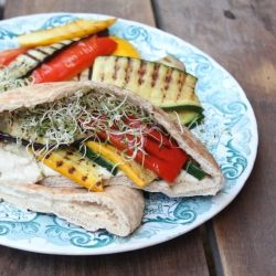 Whole grain pitas stuffed with grilled eggplant, zucchini & red bell ...