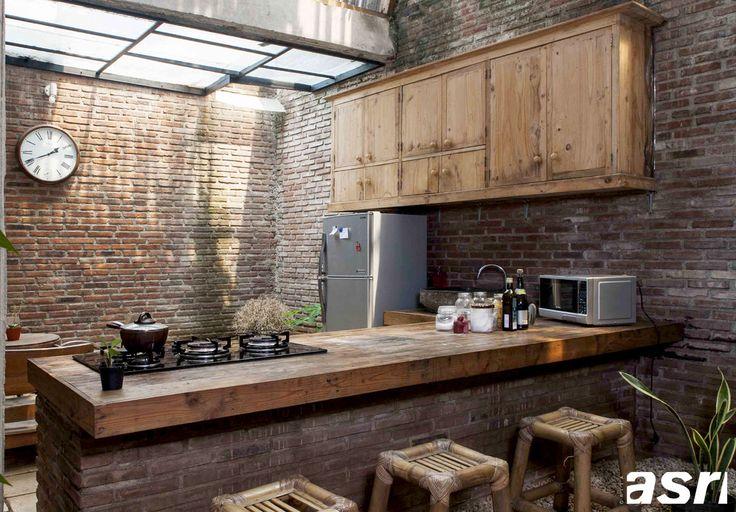 Merawat Material Kayu di Dapur | Majalah Griya Asri