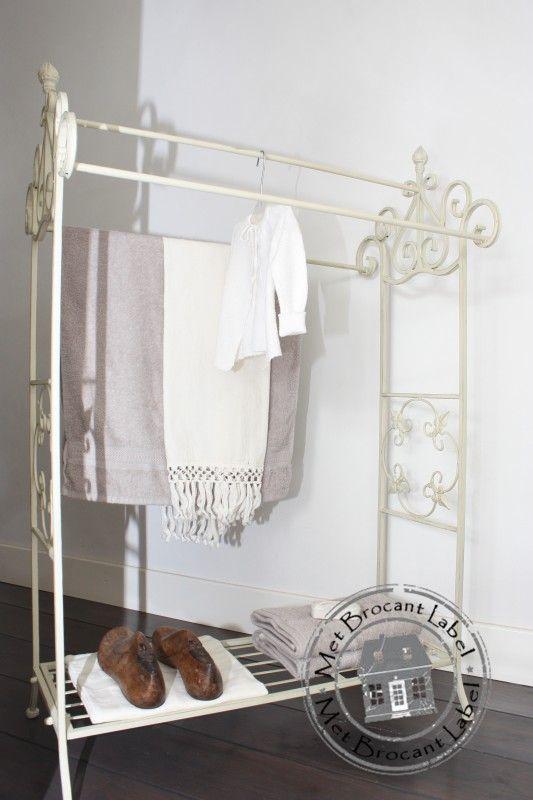 Sierlijk ijzeren handdoekenrek nr. 1 | Decoratie & Lifestyle | Met Brocant Label