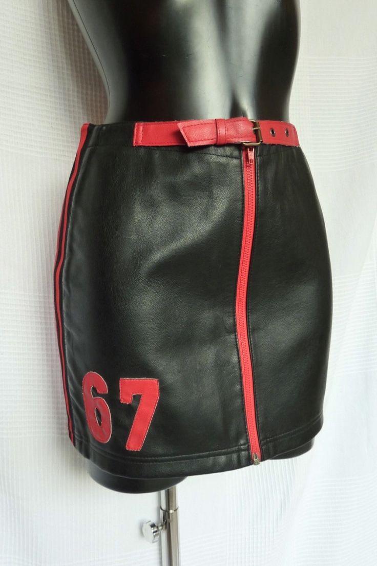 les 25 meilleures id es de la cat gorie jupe en cuir rouge sur pinterest cuir rouge jupes. Black Bedroom Furniture Sets. Home Design Ideas