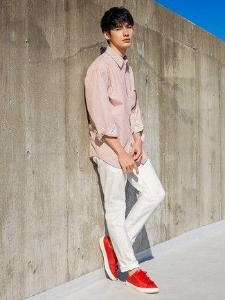 a7d06968e1e66 Look de moda  Camisa de manga larga de rayas verticales roja ...