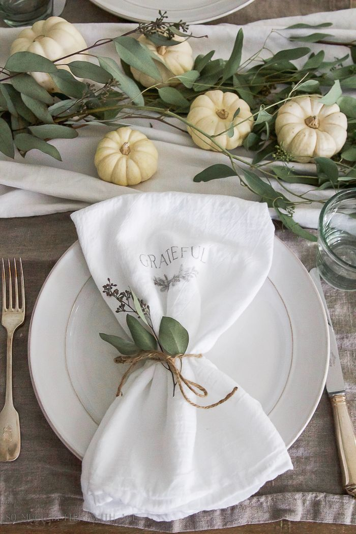fall tablescape- Thanksgiving napkin transfer tutorial