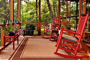 Oak Creek Bed & Breakfast near Athens, Texas, is a quiet romantic couple's retreat nestled deep in the East Texas woods. It's the perfect weekend getaway and a home base for the area's numerous attractions. http://www.oakcreekbnb.com
