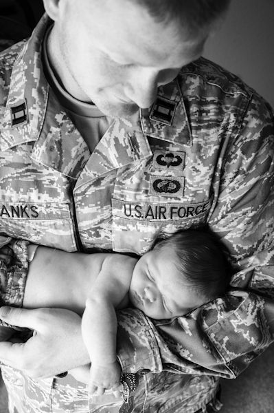 Newborn Military Photo, Daddy & Daughter pose.    *this is absolutely beautiful.  Pictures like this are the best*