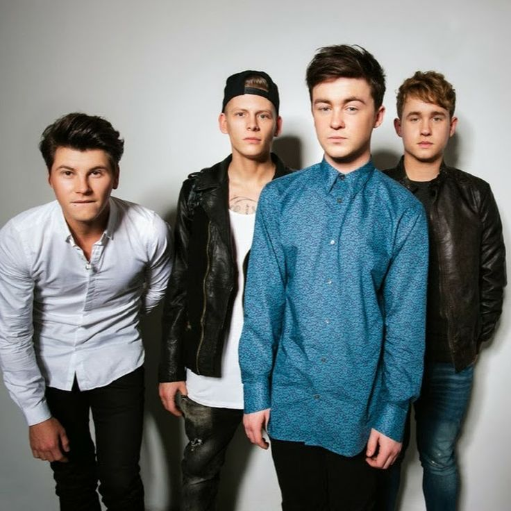 This band is very cool the boys are beautiful i really like lewis , lewis is the boy with a white t - shirt and black jacket