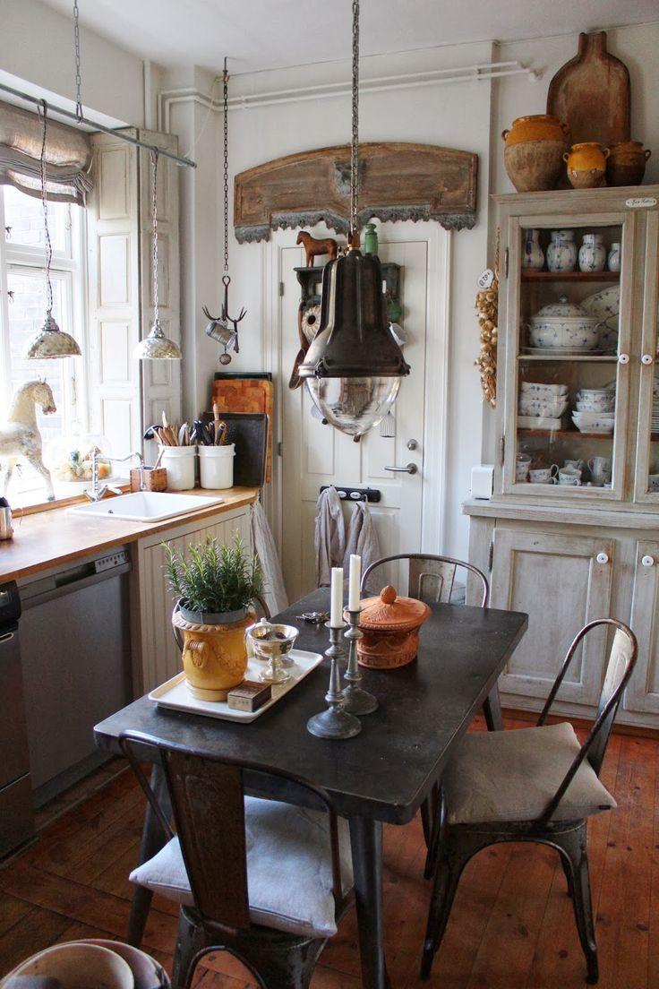 """K&Co.: """"Country Kitchen"""" med miks af industriel Vintage..."""