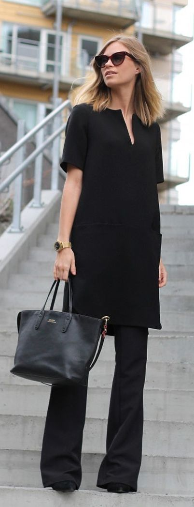All black for the office! Check out these 30 chic work outfits to wear this summer!