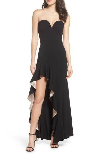 The fluttery ruffles framing the leggy slit on this sleek strapless gown are backed with lustrous satin for extra attention-grabbing style.