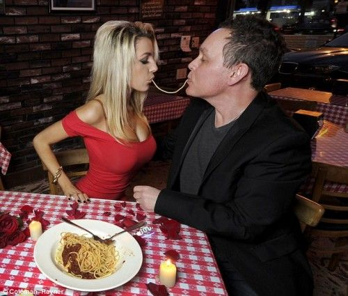 Courtney Stodden and Doug Hutchison do 'Lady and the Tramp' for Valentine's Day. I'll let you guess who 'Tramp' was.