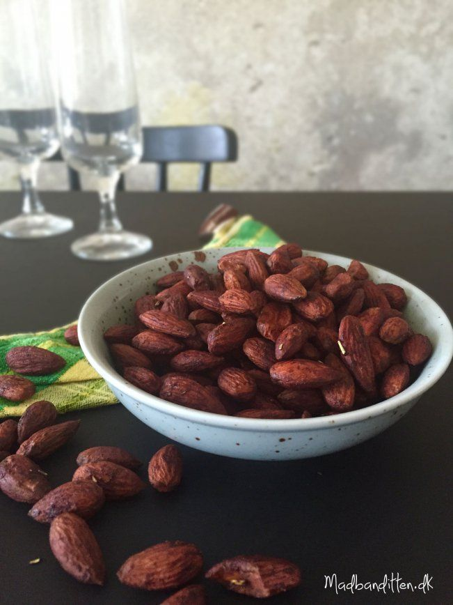 De bedste sojamandler - tamari-ristede mandler --> madbanditten.dk