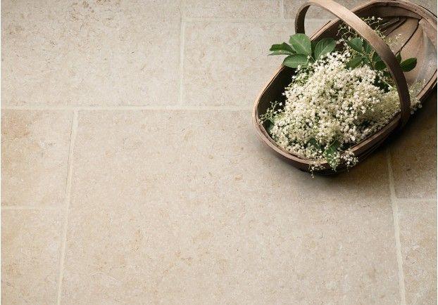 Light Jerusalem Tumbled Limestone Tiles | Floors of Stone
