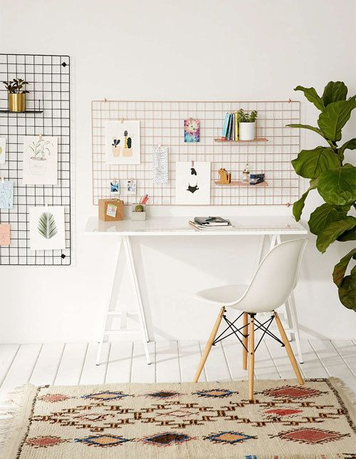 Place your inspiration front and centre with the Urban Outfitters Large Wire Wall Grid.