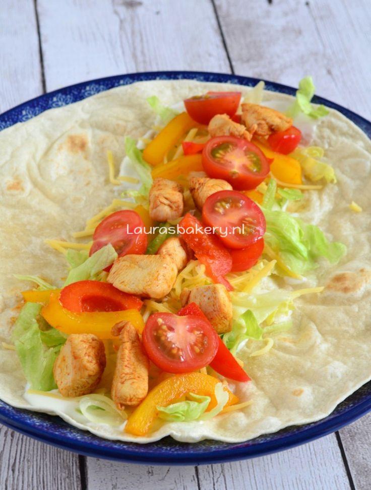 Easy chicken wraps - Makkelijke wraps met kip - Laura's Bakery