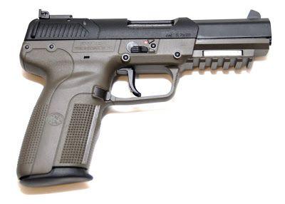 GazetteGamerReviews: Call of Duty Black Ops 2 Weapon Guide: Five-Seven Handgun.