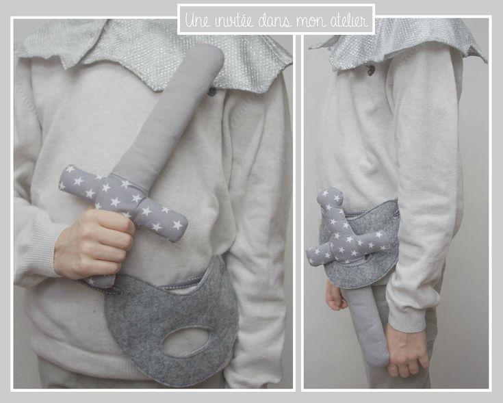 épée de chevalier en tissu