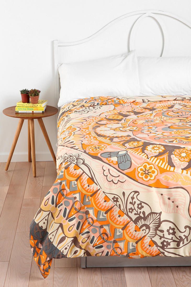 We used to have this great terra cotta color on the wall...      Magical Thinking Painted Mandala Duvet Cover  #UrbanOutfitters