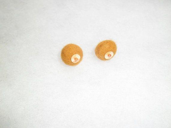 Yellow stud earrings. Minimalist felt earrings. Small by EmisaFelt