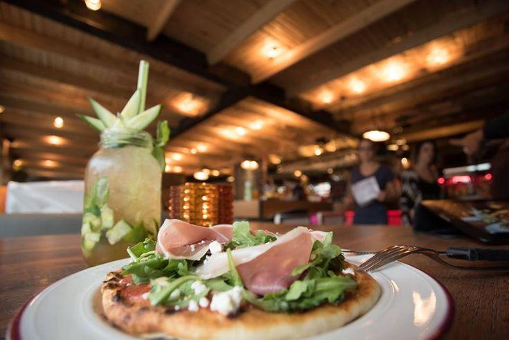 14 endroits où tu peux avoir des plats pour moins de 5$ à Montréal