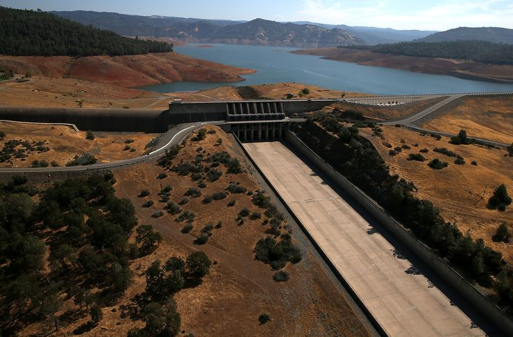 OROVILLE, CA - AUGUST 19:  The Oroville Dam spillway stands dry at Lake Oroville on August 19, 2014 in Oroville, California. As the severe drought in California continues for a third straight year, water levels in the State's lakes and reservoirs is reaching historic lows. Lake Oroville is currently at 32 percent of its total 3,537,577 acre feet.  (Photo by Justin Sullivan/Getty Images) via @AOL_Lifestyle Read more…
