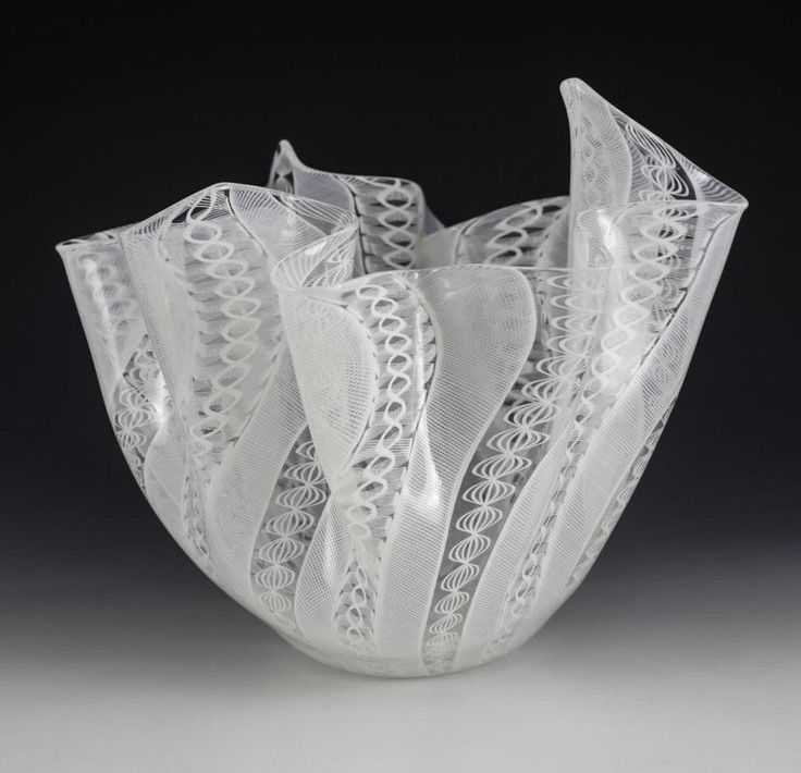 Large Murano Venini Latticino Art Glass White Handkerchief Vase c. 1940 signed