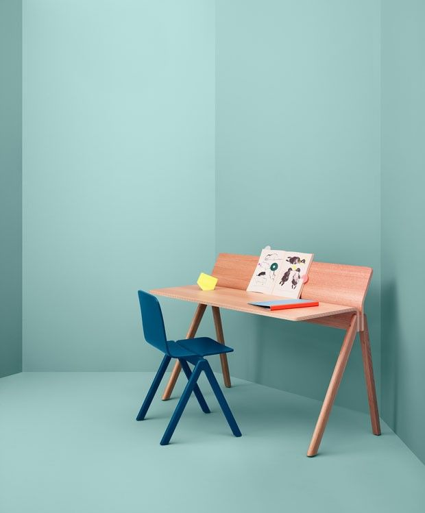Linha Copenhague - cadeiras, banquinhos e banquetas assinadas pelos irmãos Bouroullec para a marca dinamarquesa Hay