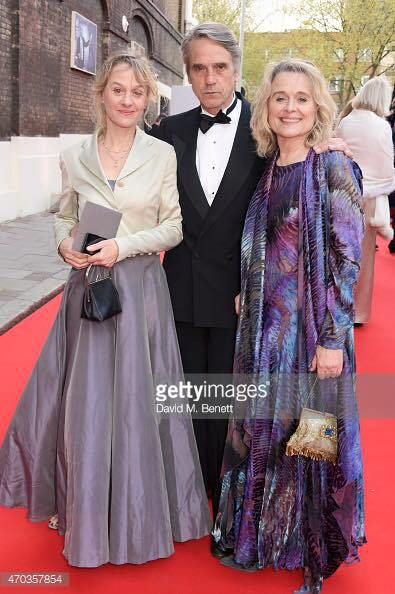 Niamh Cusack , her sister Sinéad and  Sinéad's husband Jeremy Irons