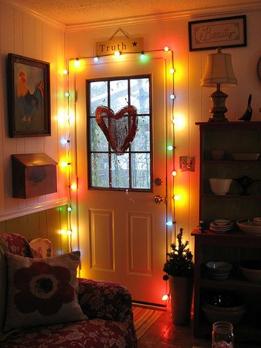 on holidays: Christmas Lights So, The Doors, Back Doors, Decoration, Families Holidays, Cozy Perfect, Pretty Doors, Wood Doors, Cozy Christmas