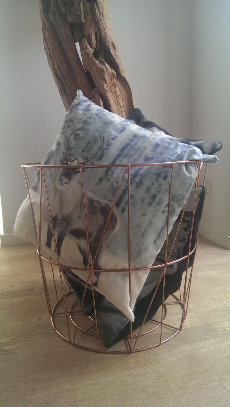 Wire basket with copper spray paint